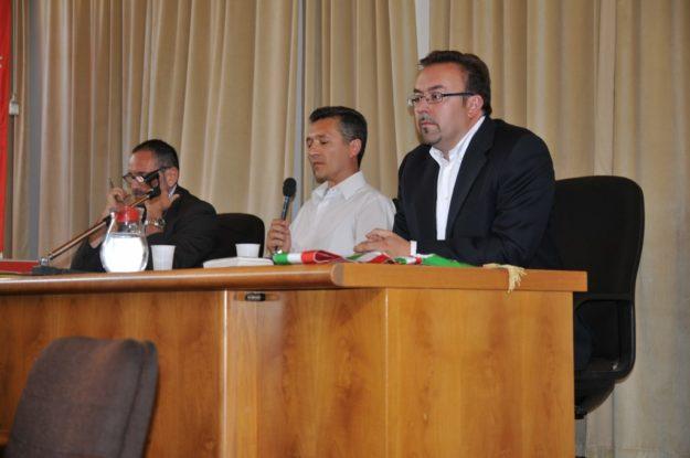 il-presidente-del-consiglio-comunale-merzi-tra-sindaco-e-segretario-comunale-foto-nicola-cobianchi-37-1024x680